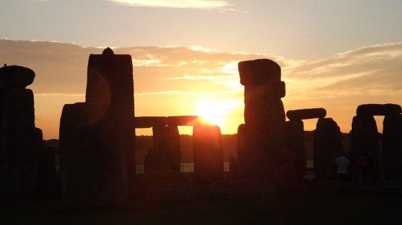 Photo - Stonehenge at Sunrise